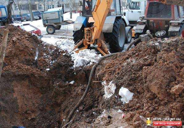 Аварія водопроводу на ЧЕРЕМУШКАХ